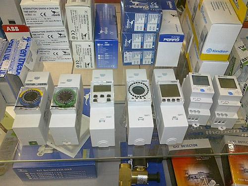 Timer modulari per quadri elettrici